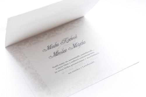 Luxusní svatební oznámení s broží a stuhou