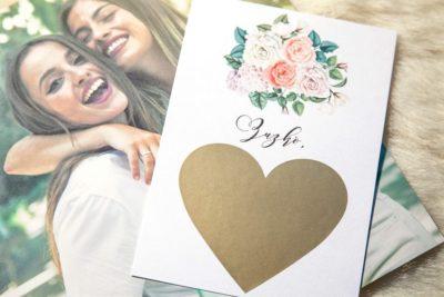 Originální kartička žádost pro svědkyni, jak požádat svědkyni motiv růže kytice